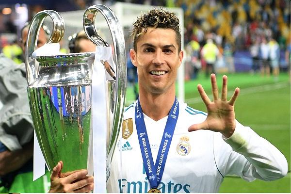 Messi trở thành cầu thủ có mức lương cao nhất thế giới