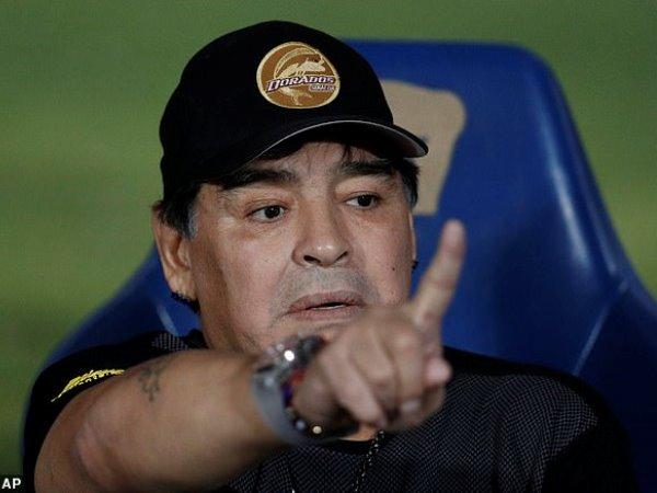 Maradona ví trận thua của Argentina trước Venezuela với phim kinh dị