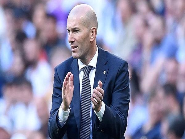 """Nhận """"báu vật"""" từ Zidane, kẻ thất sủng có quyết tâm"""