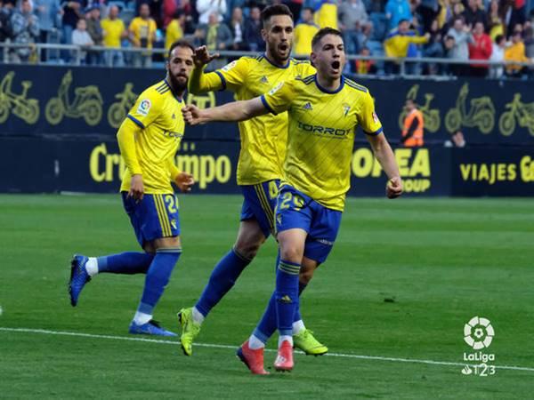 Nhận định Huesca vs Cadiz, 0h30 ngày 25/6