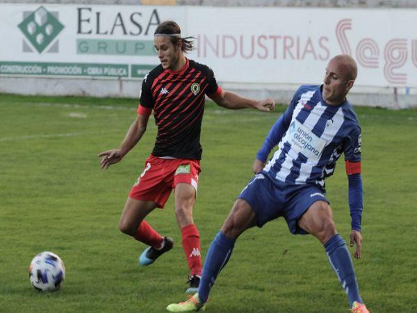 Soi kèo Alcoyano vs Huesca, 03h00 ngày 8/1 - Cup nhà Vua