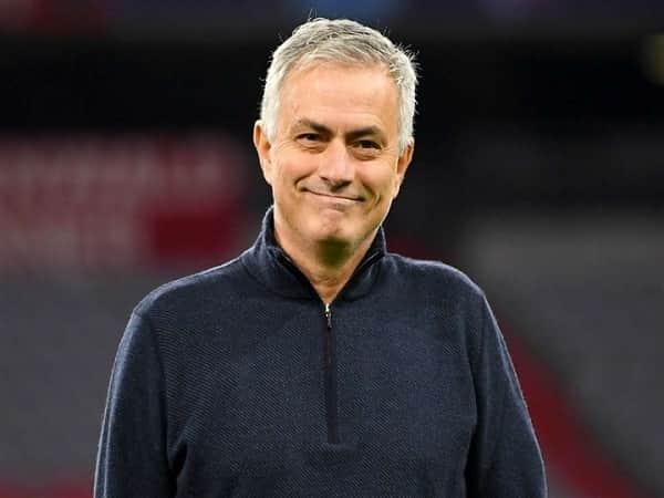 huấn luyện viên Mourinho